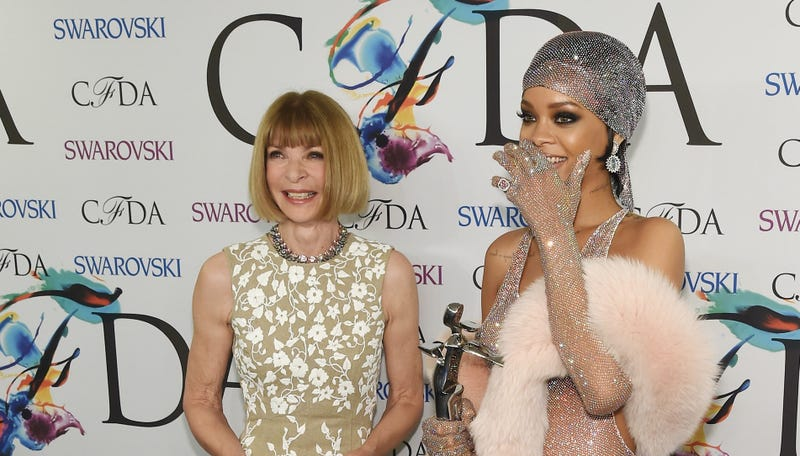 Anna Wintour Bemoans the 'Manufactured' Nature of Red Carpet Fashion