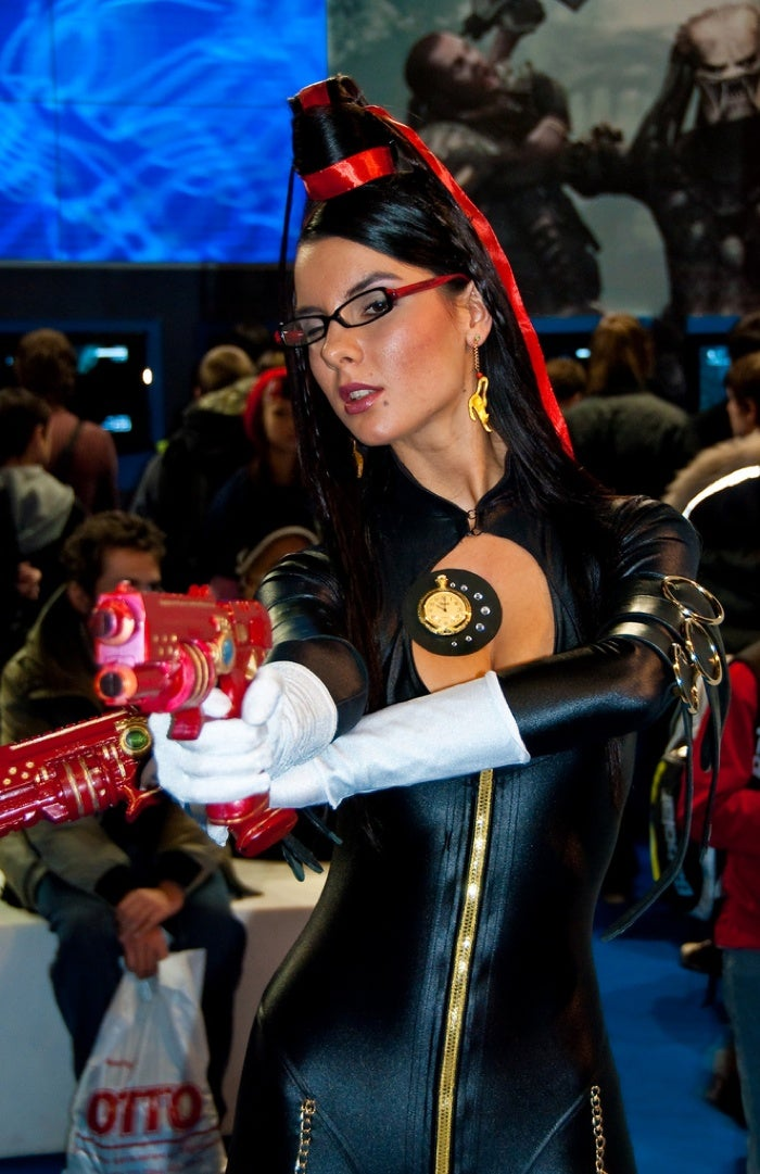 Let's Look At Russian Bayonetta