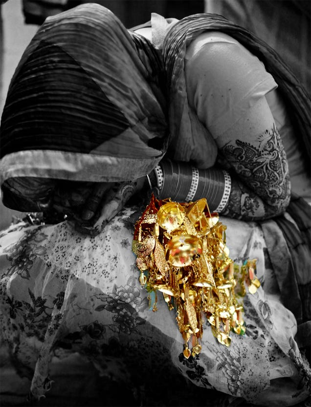 9 Golden Objects, Created By King Midas (And Photoshop)