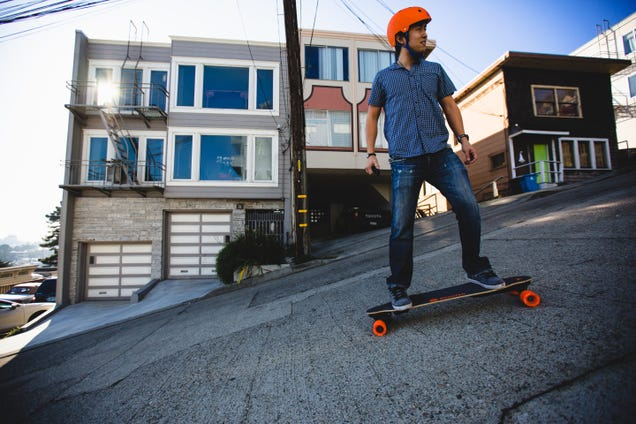 ​The Boardie Electric: Boosted Board Shows The Future of Fun