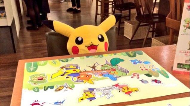Pikachu Keeps Loners Company at Pokémon Cafe
