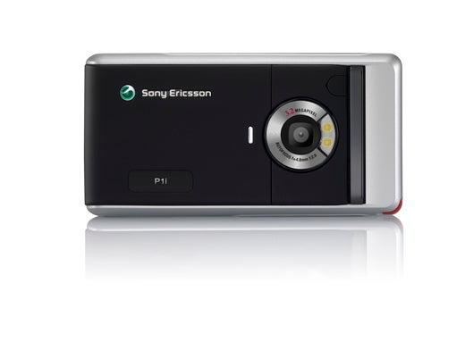 Sony Ericsson P1 Follows Up P990 By Going 25% Smaller