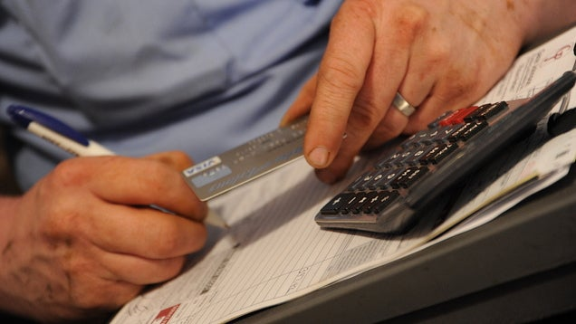Pay Off Your Credit Cards Mid-Month Before Applying for a Loan