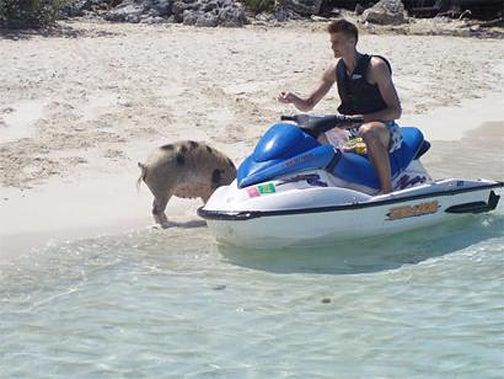 How Andrei Kirilenko Is Spending His Summer Vacation