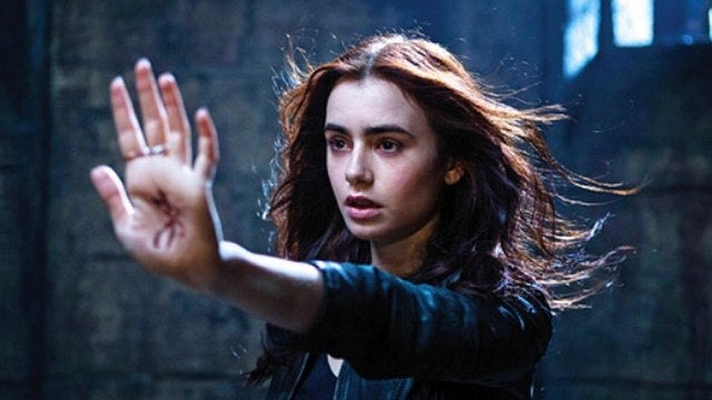 First trailer for Mortal Instruments, are half-angel demon hunters the new vampires?