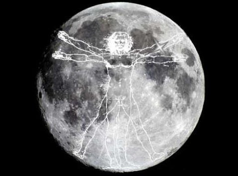 Scientists Propose Flashing Mirrors on Moon to Catch ET's Eye