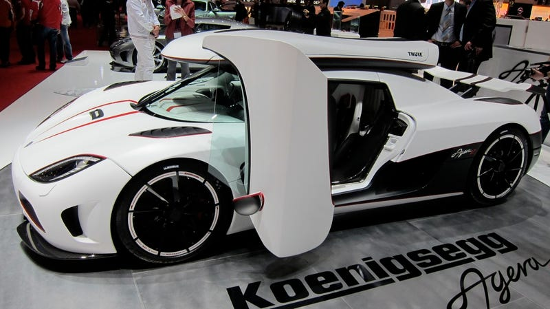 Koenigsegg Agera R can't wait to shred