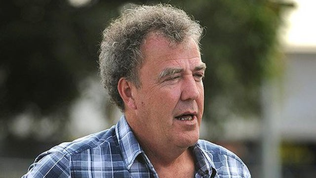 Jeremy Clarkson gets into fight with iPhone-wielding fan