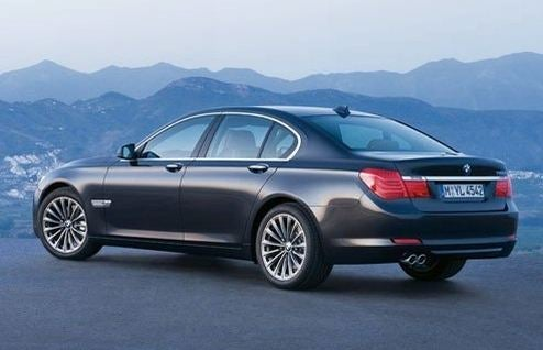 2009 BMW 7-Series Hits Web A Wee Bit Early
