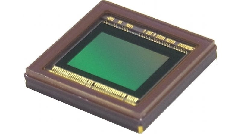 Toshiba's New 20-Megapixel Image Sensor Is a Remnant of the Megapixel Wars