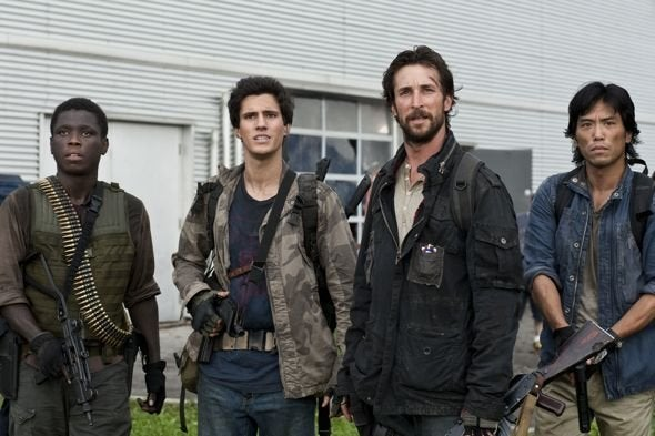 "Falling Skies 1x04, ""Grace"" Pictures"