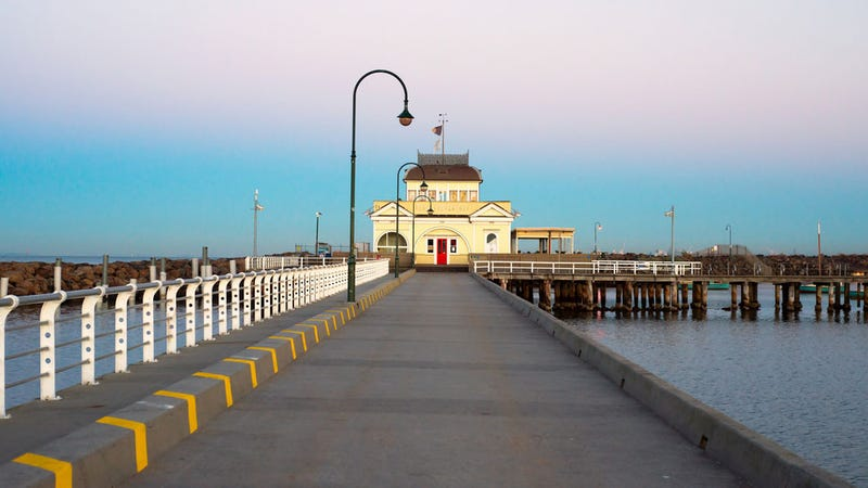 Woman Walks Off Pier Because She Was Checking Facebook
