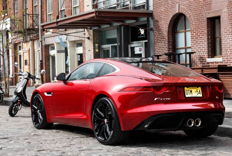 2016 jaguar f type r has awd and 550 hp but the manual s has more fun. Black Bedroom Furniture Sets. Home Design Ideas