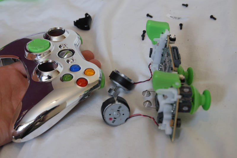 Dadhacker - Getting Creative With Controllers