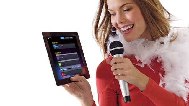 With Soulo Your iPad 2 Can Fulfill Its Karaoke Destiny