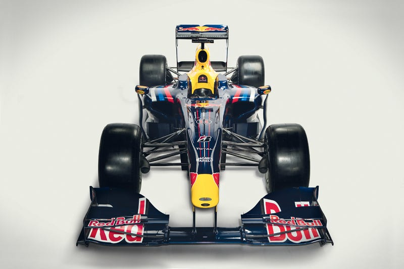 Red Bull Racing 2009 RB5 F1 Car Debuts At Circuito De Jerez, Gets Wings