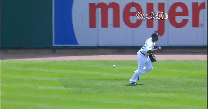 Fan Throws Home Run Ball Back, Nearly Drills Torii Hunter