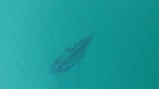Lake Michigan Is So Clear Right Now Its Shipwrecks Are Visible From The Air 1229108842369948563