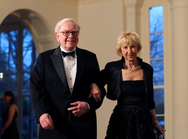 Koch Wife Liz Koch Charles Koch's Wife