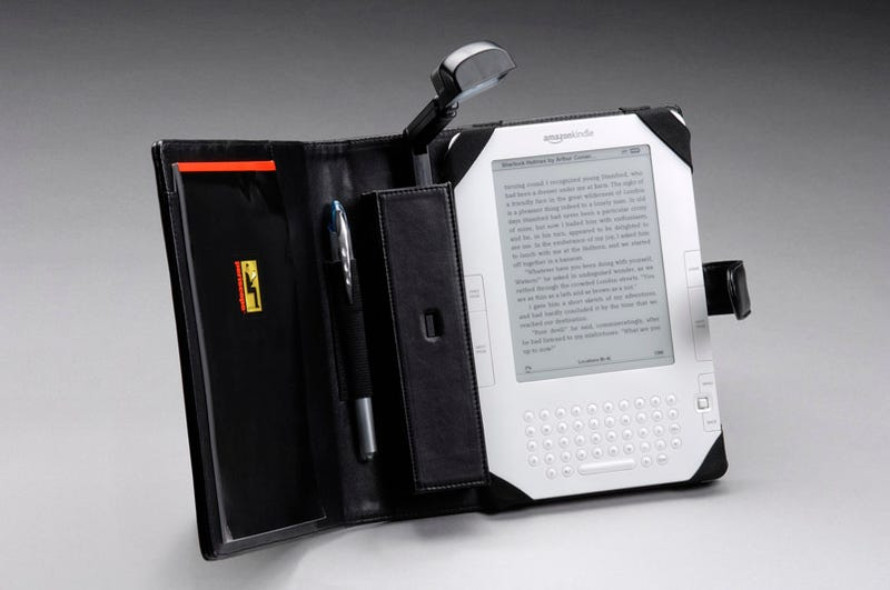 Now Kindle 2 Has a Folio With a Booklight