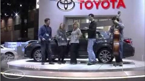 Toyota Avalon Singers Are The New Chevy Volt Dancers