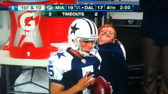 This Passed-Out Kid Is Why You Shouldn't Eat Dinner Before The Cowboys Play