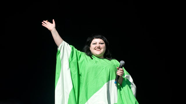 Beth Ditto Asks, 'Why Wear Pants When You Could Be Wearing A Muu Muu?'