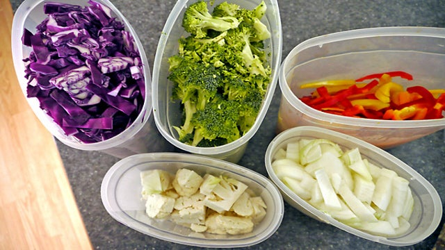 Save Kitchen Time by Prepping the Entire Week's Vegetables in One Batch