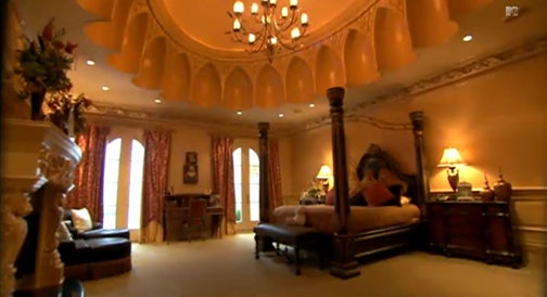 Inside Real Housewives 39 Kim 39 S Big Poppa 39 S House