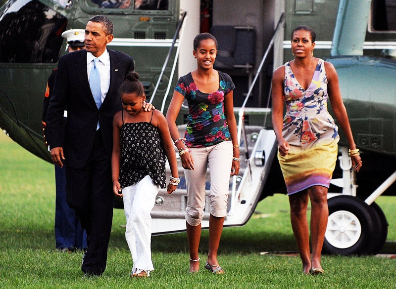 Obama Girls Continue to Defy Adolescent Awkwardness
