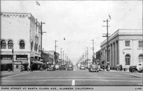 350 Old Cars And Trucks Down On The Alameda Street