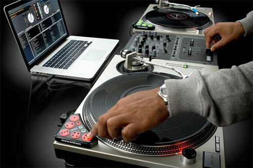 Novation Dicer DJ Controllers Are Easy and Cheap Way To Get Into DJing