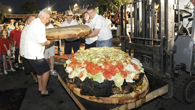 Americans Set New World Record For Hugest Burger For America