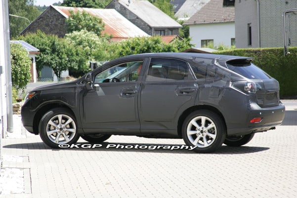 2010 Lexus RX Spotted Prepping For The Ring