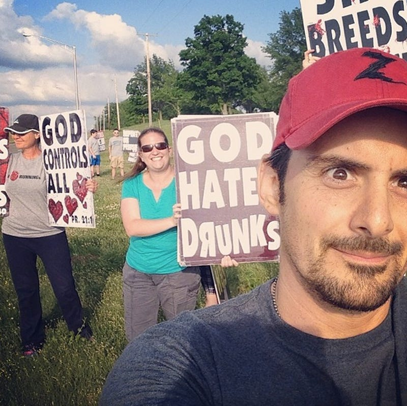 Brad Paisley Takes Selfie With Smiling Westboro Protester