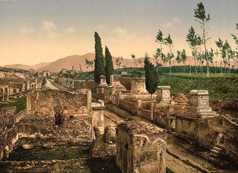 "Pompeii's Ruins Are Being Wired Up By An ""Electronic Warfare"" Firm"