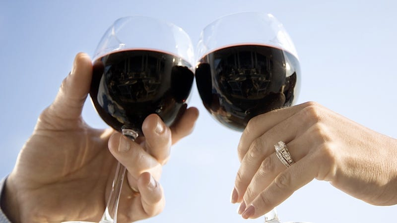 Science Determines That Marriage Turns Men Into Teetotalers and Women Into Drunks