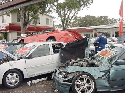 Hoon Of The Day: Holden Test Drive Crash Experience