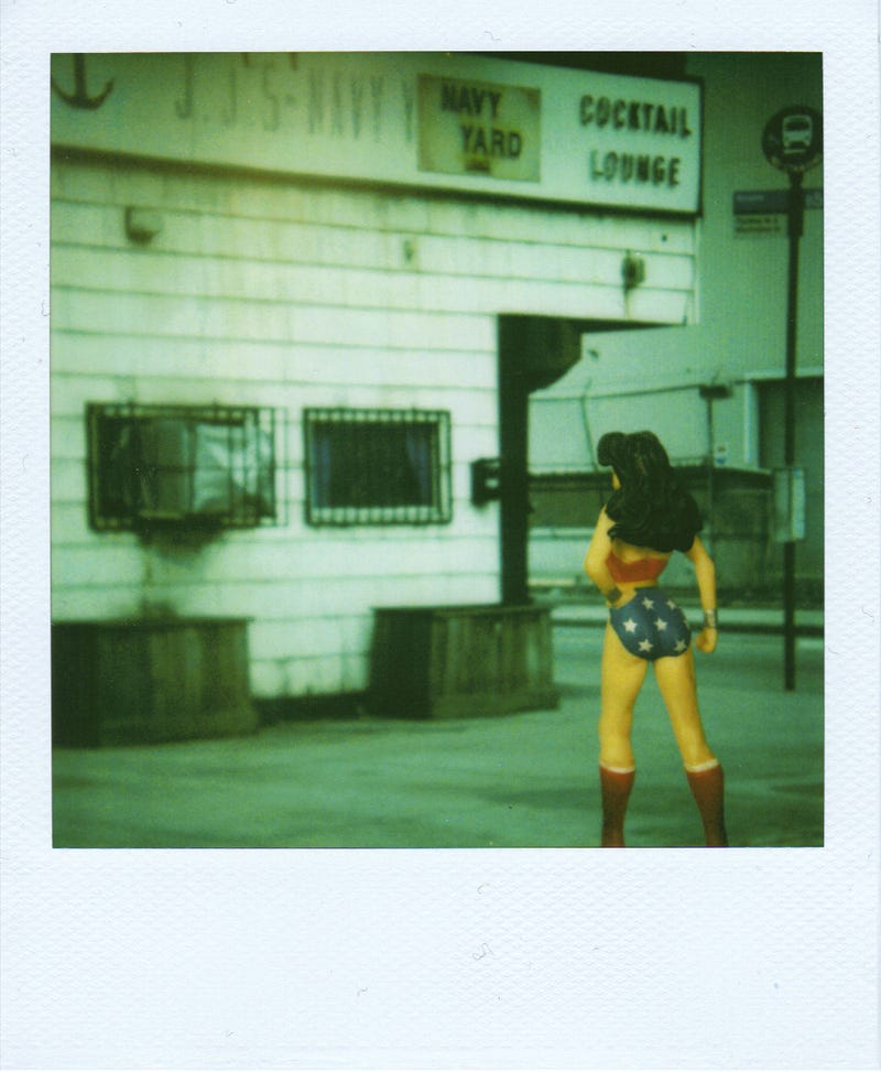 Polaroid SX-70: The Joy of Instant Photography Before Digital