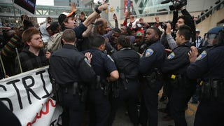 Peaceful Protest Turns Chaotic as Marchers, Police Clash in Baltimore