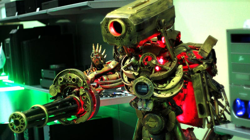 This Giant Robot Sculpture? It's a Gaming PC.