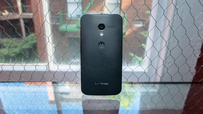 Motorola Has a Fix On the Way for the Moto X's Crappy Camera