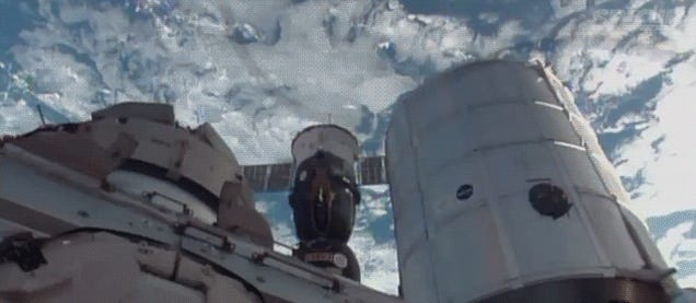 Astronauts took a Soyuz for a little fly around the ISS, Gravity-style