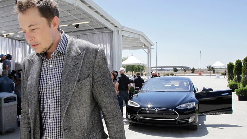 Elon Musk Is So Rich He Says He'll Pay to Widen Public Highways