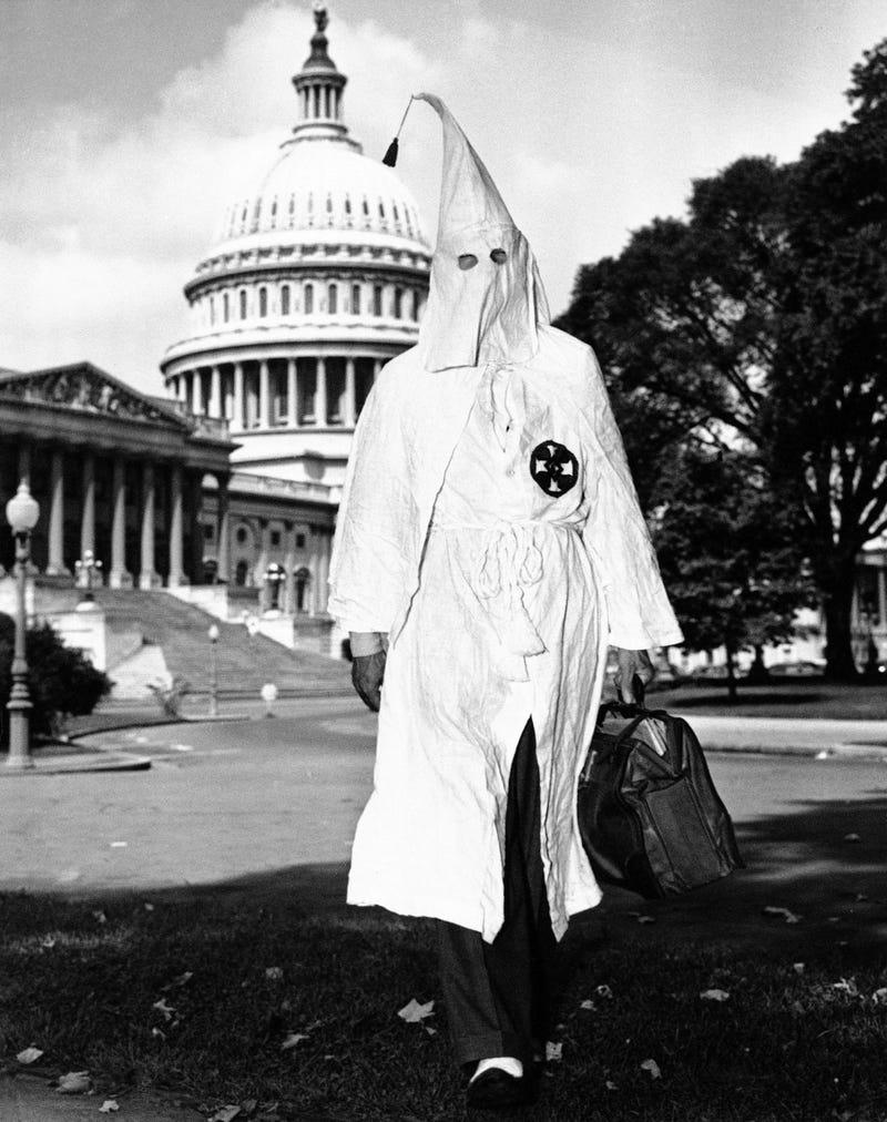 Así fue como Superman reveló los códigos secretos del Ku Klux Klan en Estados Unidos