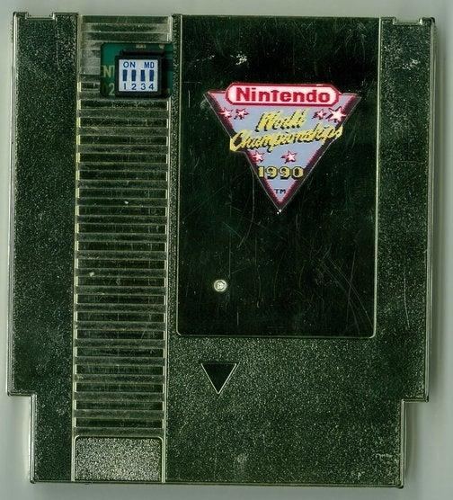 Gold Cartridge Buyer Recreating Nintendo Championships Today