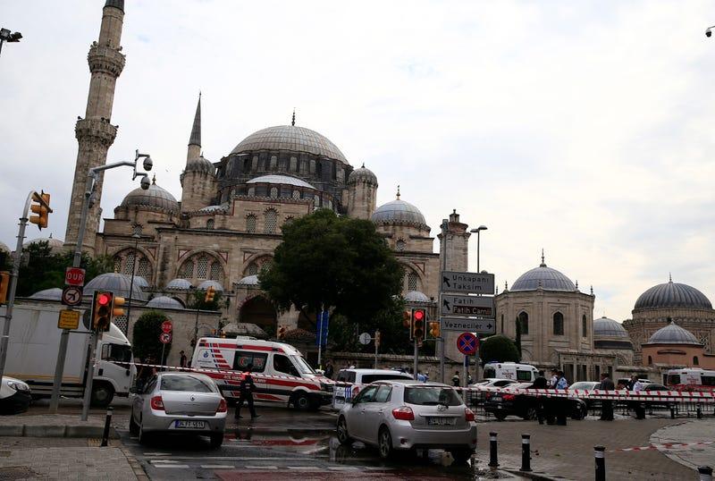 Istanbul Car Bombing Targeting Police Kills 11
