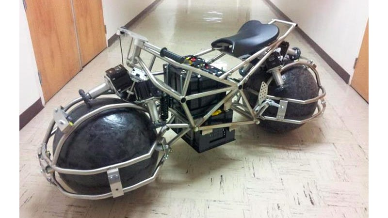 Spherical Wheel Motorcycle Makes It Easier To Dangerously Weave Through Traffic