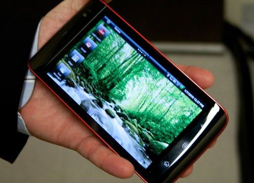 First Hands-On and Video: Dell Mini 5 Android Slate