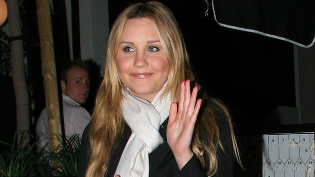Report: Amanda Bynes Is Talking to Inanimate Objects